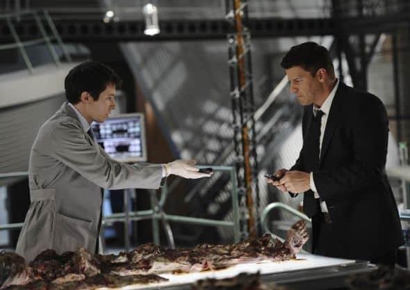 Bones_Season_6_Episode_22_The_Hole_In_The_Heart_2-206