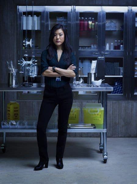 Hettienne Park as Beverly Katz Hannibal - Season 1
