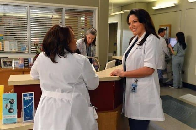 "CHANDRA WILSON, SARA RAMIREZ GREY'S ANATOMY - ""Idle Hands"""
