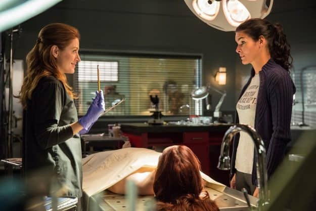 rizzoli-and-isles-season-4-episode-1-we-are-family-3