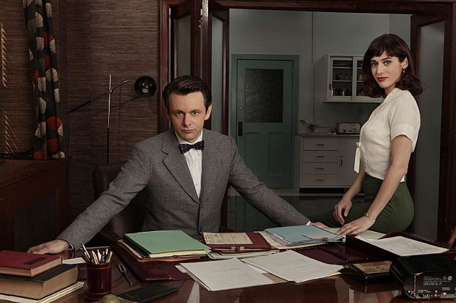 Michael Sheen as Dr. William Masters and Lizzy Caplan as Virginia Johnson in Masters of Sex (Pilot)