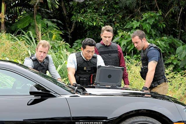"""Scott Caan as (Danny """"Danno"""" Williams), Daniel Dae Kim as(Chin Ho Kelly), Tim Daly guest stars as a Texas Ranger and Alex O'Loughlin as (Steve McGarrett)"""