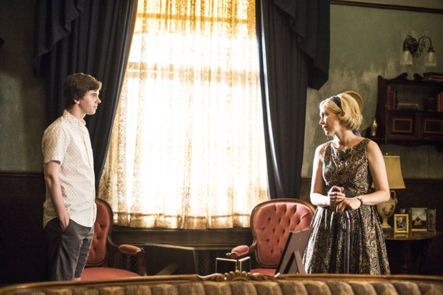 Bates Motel Season 2 Episode 3 08