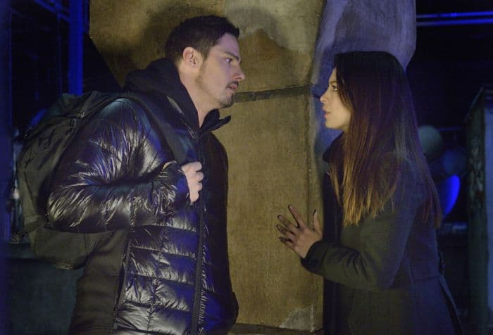 "Jay Ryan as Vincent and Kristin Kreuk as Catherine ""Beast Is The New Black"""