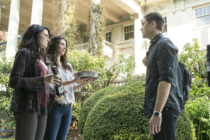Witches Of East End 2x02 08