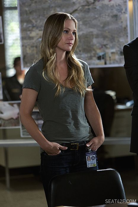 "A.J. Cook as Jennifer ""JJ"" Jareau Criminal Minds"
