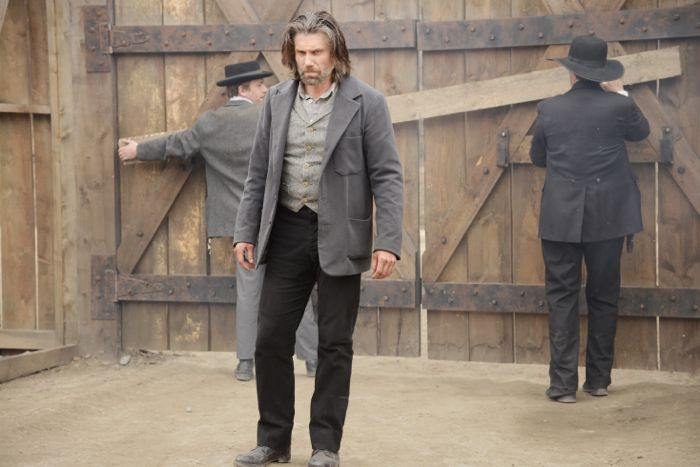 Hell On Wheels Season 4, Episode 2 Anson Mount as Cullen Bohannon