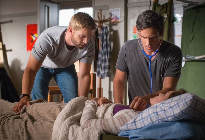 Under The Dome 2x12 CBS 2