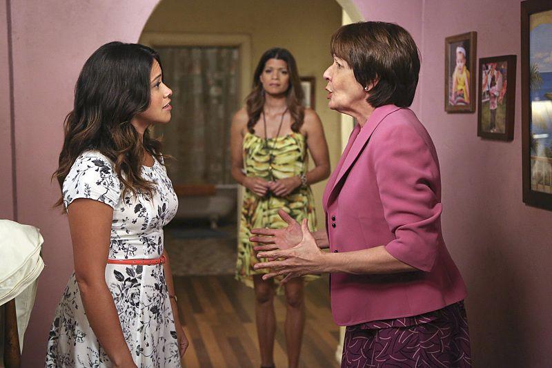 JANE THE VIRGIN Season 1 Episode 3 Promo Chapter Three