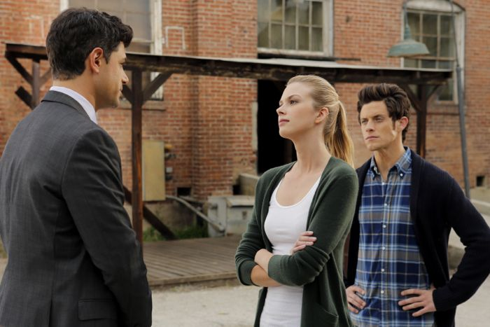 """STITCHERS - """"Friends in Low Places"""" - Kirsten crosses paths with Detective Fisher again when they end up working on the same overdose death of a young woman in an all-new episode of """"Stitchers,"""" airing Tuesday, June 9, 2015 at 9:00PM ET/PT on ABC Family. (ABC Family/Tony Rivetti) DAMON DAYOUB, EMMA ISHTA, KYLE HARRIS"""