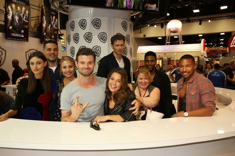 The cast and creative team of THE ORIGINALS before their Comic-Con 2015 signing in the Warner Bros. booth: (L-R) Phoebe Tonkin, Michael Narducci, Leah Pipes, Daniel Gillies, Danielle Campbell, Joseph Morgan, Julie Plec, Yusuf Gatewood and Charles Michael Davis. #WBSDCC (©2015 WBEI. All rights reserved.)