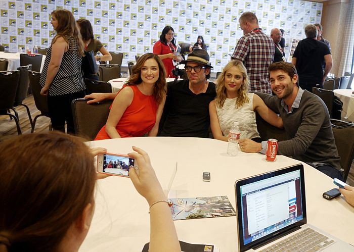 Kristen Connolly, Billy Burke, Nora Arnezeder, & James Wolk of the new CBS Series Zoo at COMIC CON 2015, held in San Diego, CA  Photo: Francis Specker/CBS ©2015 CBS Broadcasting Inc. All Rights Reserved