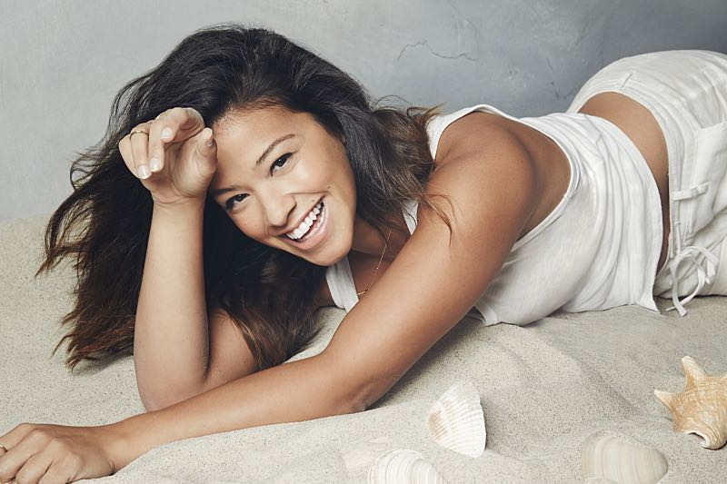 Jane The Virgin --- Image: JAV01_NM_GINA_091rb -- Pictured: Gina Rodriguez as Jane -- Photo: Nino Muñoz/The CW -- © 2015 The CW Network, LLC. All rights reserved.