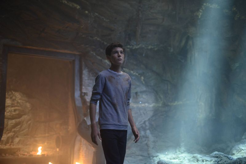 "GOTHAM: Bruce (David Mazouz) in the ""Damned if you Do,… "" Season Two premiere of GOTHAM airing Monday, Sept. 21 (8:00-9:00 PM ET/PT) on FOX. ©2015 Fox Broadcasting Co. Cr: Nicole Rivelli/FOX"