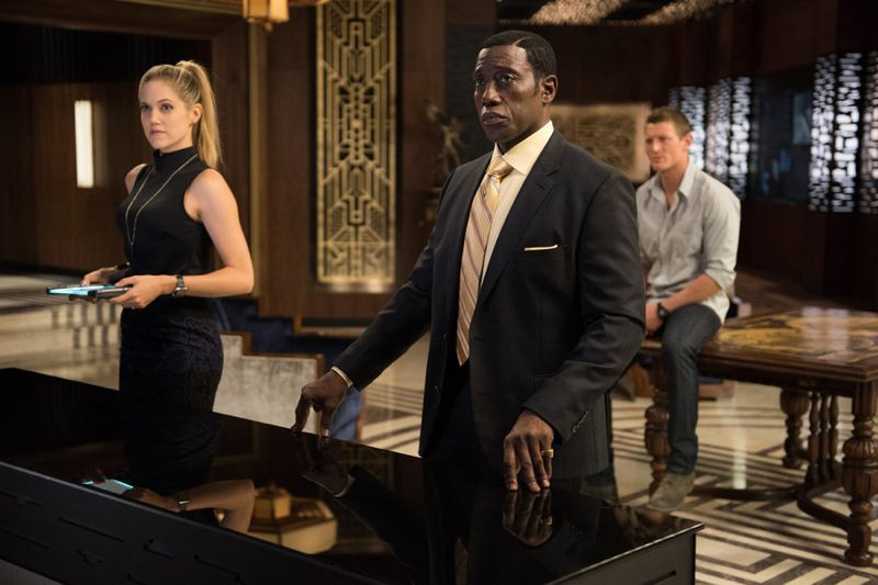"""THE PLAYER -- """"A House Is Not A Home"""" Episode 106 -- Pictured: (l-r) Charity Wakefield as Cassandra, Wesley Snipes as Mr. Johnson, Philip Winchester as Alex -- (Photo by: Colleen Hayes/NBC)"""