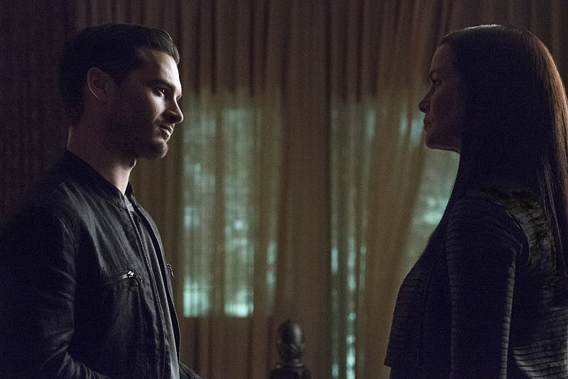 """The Vampire Diaries -- """"Live Through This"""" -- Image Number: VD705b_0074.jpg -- Pictured (L-R): Michael Malarkey as Enzo and Annie Wersching as Lily -- Photo: Annette Brown/The CW -- © 2015 The CW Network, LLC. All rights reserved."""