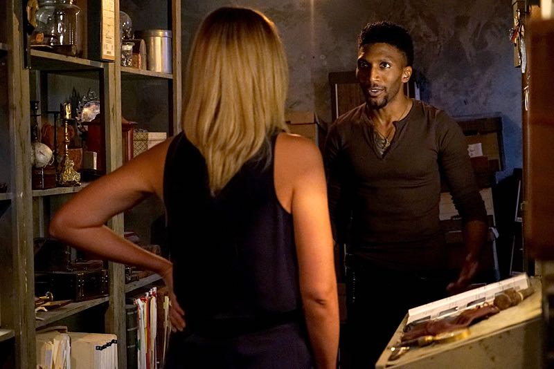 """The Originals -- """"The Axeman's Letter"""" -- Image Number: OG305b_0019.jpg -- Pictured (L-R): Leah Pipes as Cami and Yusuf Gatewood as Vincent -- Photo: Annette Brown/The CW -- © 2015 The CW Network, LLC. All rights reserved."""