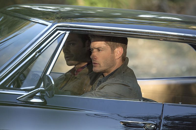 """Supernatural -- """"Thin Lizzie"""" -- Image SN1105a_0159 -- Pictured (L-R): Jared Padalecki as Sam and Jensen Ackles as Dean -- Photo: Katie Yu/The CW -- © 2015 The CW Network, LLC. All Rights Reserved."""