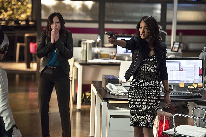 "The Flash -- ""The Darkness and the Light"" -- Image FLA205B_0103b.jpg -- Pictured (L-R): Malese Jow as Linda Park and Candice Patton as Iris West -- Photo: Cate Cameron/The CW -- © 2015 The CW Network, LLC. All rights reserved."