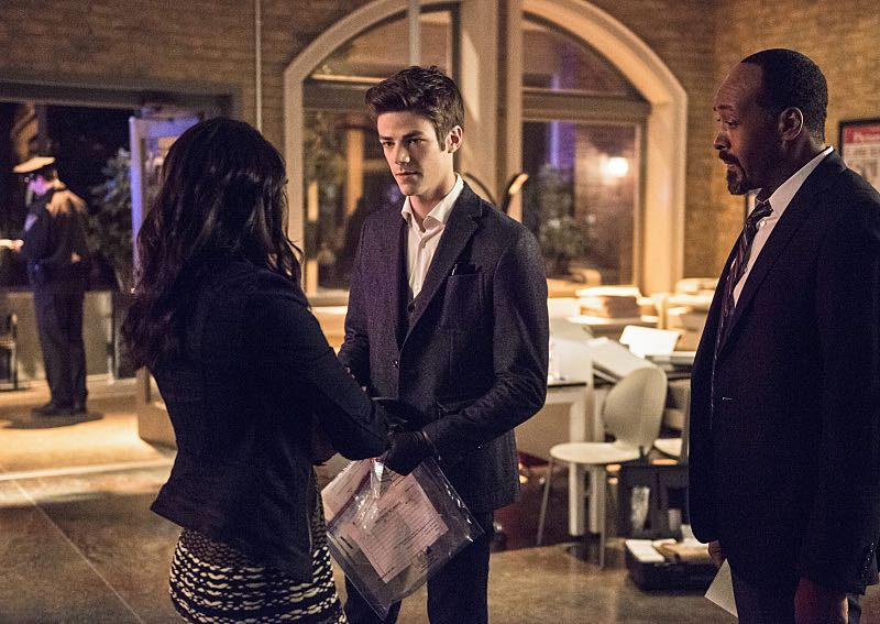 "The Flash -- ""The Darkness and the Light"" -- Image FLA205B_0019b.jpg -- Pictured (L-R): Candice Patton as Iris West, Grant Gustin as Barry Allen and Jesse L. Martin as Detective Joe West -- Photo: Cate Cameron/The CW -- © 2015 The CW Network, LLC. All rights reserved."