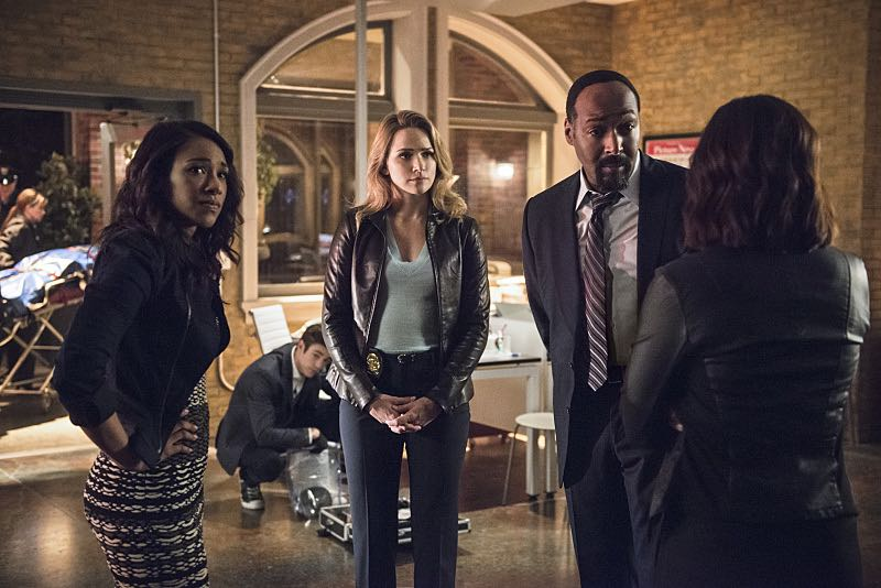 "The Flash -- ""The Darkness and the Light"" -- Image FLA205B_0001b2.jpg -- Pictured (L-R): Candice Patton as Iris West, Shantel VanSanten as Patty Spivot and Jesse L. Martin as Detective Joe West -- Photo: Cate Cameron/The CW -- © 2015 The CW Network, LLC. All rights reserved."