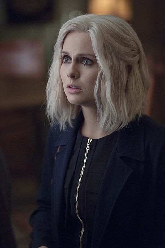 """iZombie -- """"Love & Basketball"""" -- Image Number: ZMB205b_0326.jpg -- Pictured: Rose McIver as Liv -- Photo: Cate Cameron/The CW -- © 2015 The CW Network, LLC. All rights reserved"""