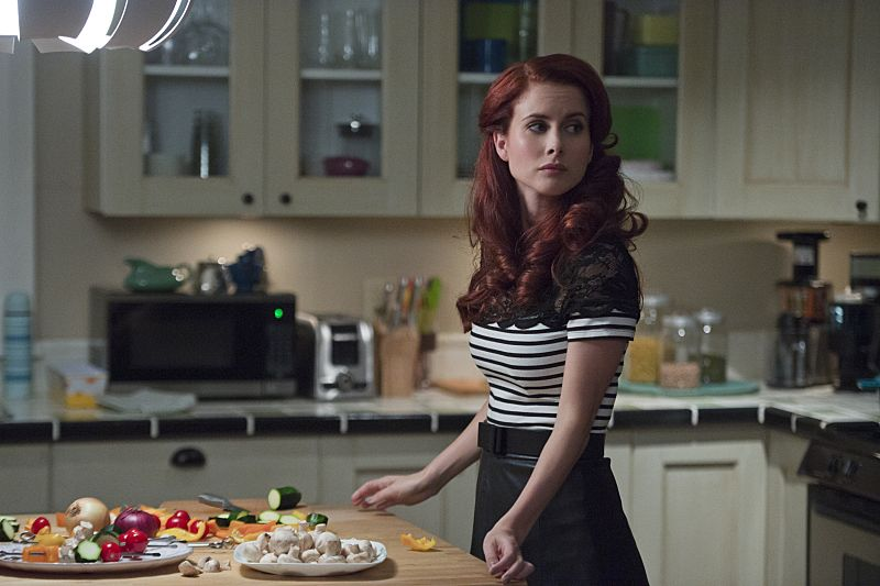 """iZombie -- """"Love & Basketball"""" -- Image Number: ZMB205b_0198.jpg -- Pictured: Leanne Lapp as Gilda -- Photo: Cate Cameron/The CW -- © 2015 The CW Network, LLC. All rights reserved"""