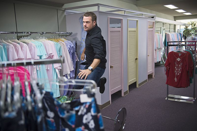 """""""Unspoken"""" -- Pictured: Chris O'Donnell (Special Agent G. Callen). The team searches for Sam's former partner, Ruiz (Anthony Ruivivar), who disappears while buying a deadly explosive during an undercover operation, on NCIS: LOS ANGELES, Monday, Nov. 2 (10:00-11:00, ET/PT), on the CBS Television Network. Photo: Neil Jacobs/CBS ©2015 CBS Broadcasting, Inc. All Rights Reserved."""