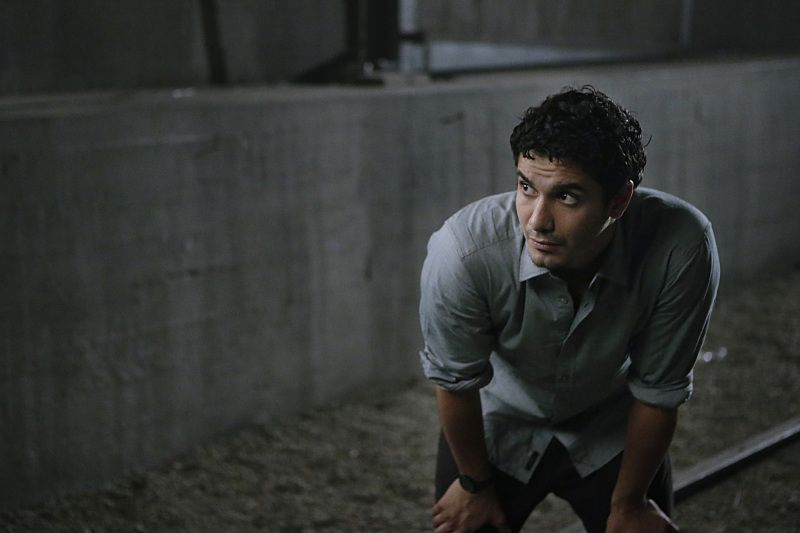"""""""Crazy Train"""" -- Team Scorpion must stop a sabotaged runaway subway train with Paige and Ralph on board. Also, in his attempt to impress Happy, Toby has his first boxing match, on SCORPION, Monday, Nov. 2 (9:00-9:59 PM, ET/PT) on the CBS Television Network. Pictured: Elyes Gabel as Walter O'Brien. Photo: Sonja Flemming/CBS ©2015 CBS Broadcasting, Inc. All Rights Reserved"""