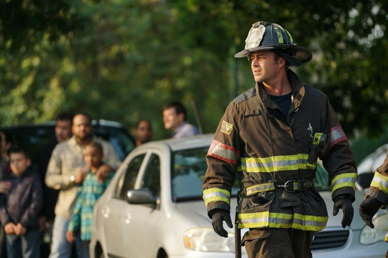 """CHICAGO FIRE -- """"Your Time Is Coming"""" Episode 404 -- Pictured: (l-r) Taylor Kinney as Kelly Severide -- (Photo by: Elizabeth Morris/NBC)"""