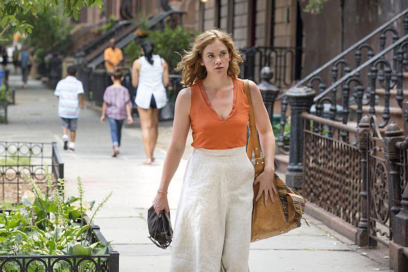 Ruth WIlson as Alison in The Affair (season 2, episode 5). - Photo: Mark Schafer/SHOWTIME - Photo ID: TheAffair_205_2006