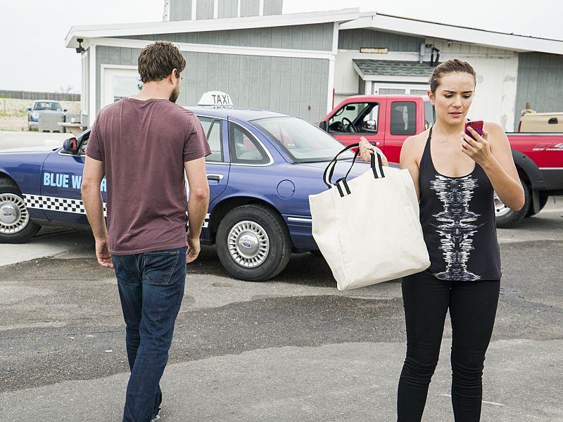 Joshua Jackson as Cole and Catalina Sandino Moreno as Luisa in The Affair (season 2, episode 5). - Photo: Mark Schafer/SHOWTIME - Photo ID: TheAffair_205_7014