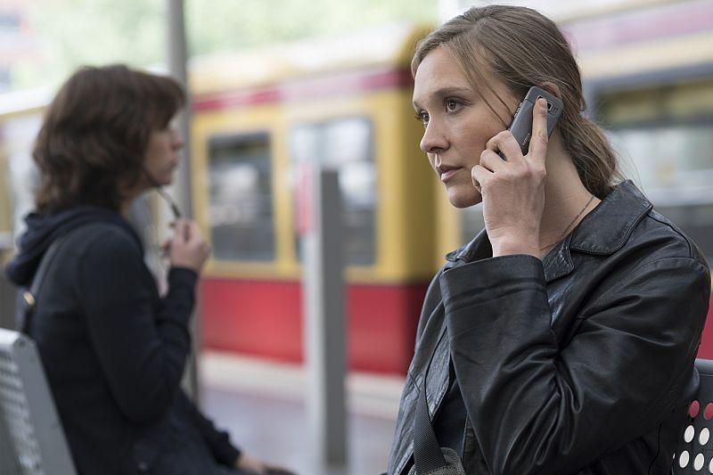Sarah Sokolovic as Laura Sutton in Homeland (Season 5, Episode 5). - Photo: Stephan Rabold/SHOWTIME - Photo ID: Homeland_505_2145.R