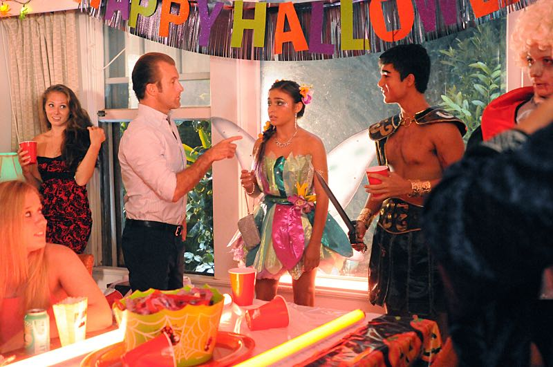 """""""Na Pilikua Nui"""" -- It's Halloween in O'ahu, and Five-0 must track down a serial killer inspired by Frankenstein. Also, Jerry calls Five-0 for help when an armed gang raids a blood bank, and Danny must track down Grace who lied and snuck out to a Halloween party, on HAWAII FIVE-0, Friday, Oct. 30 (9:00-10:00 PM, ET/PT), on the CBS Television Network. (*""""Na Pilikua Nui"""" is Hawaiian for """"Monsters"""") Danny """"Danno"""" Williams (Scott Caan) and Grace Williams (Teilor Grubbs), shown. Photo: Sonja Flemming/CBS ©2015 CBS Broadcasting, Inc. All Rights Reserved"""