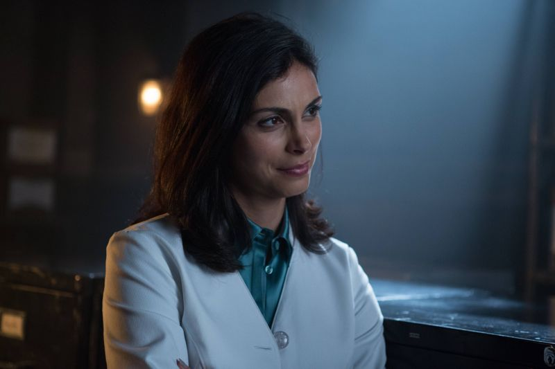 """GOTHAM: L-R: Morena Baccarin in the """"Rise of the Villains: By Fire"""" episode of GOTHAM airing Monday, Oct. 26 (8:00-9:00 PM ET/PT) on FOX. ©2015 Fox Broadcasting Co. Cr: Jessica Miglio/ FOX."""
