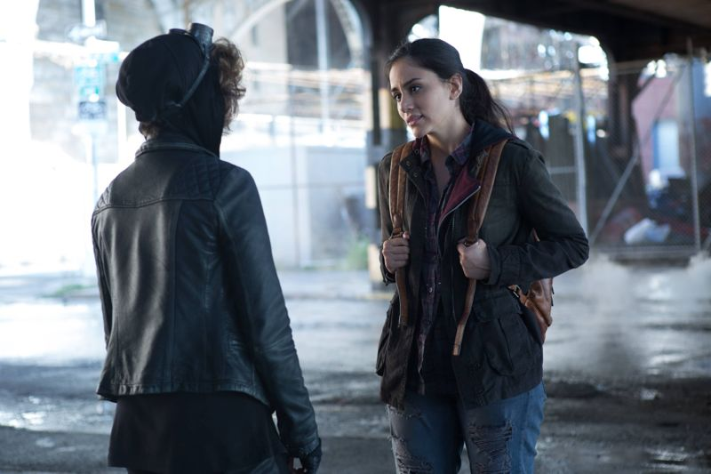 """GOTHAM: L-R: Camren Bicondova and guest stat Bridget Pike (Firefly) in the """"Rise of the Villains: By Fire"""" episode of GOTHAM airing Monday, Oct. 26 (8:00-9:00 PM ET/PT) on FOX. ©2015 Fox Broadcasting Co. Cr: Jessica Miglio/ FOX."""