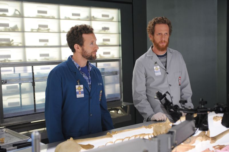 """BONES: L-R: TJ Thyne and guest star Brian Klugman in the """"The Carpals in the Coy-Wolves"""" episode of BONES airing Thursday, Oct. 22 (8:00-9:00 PM ET/PT) on FOX. ©2015 Fox Broadcasting Co. Cr:"""
