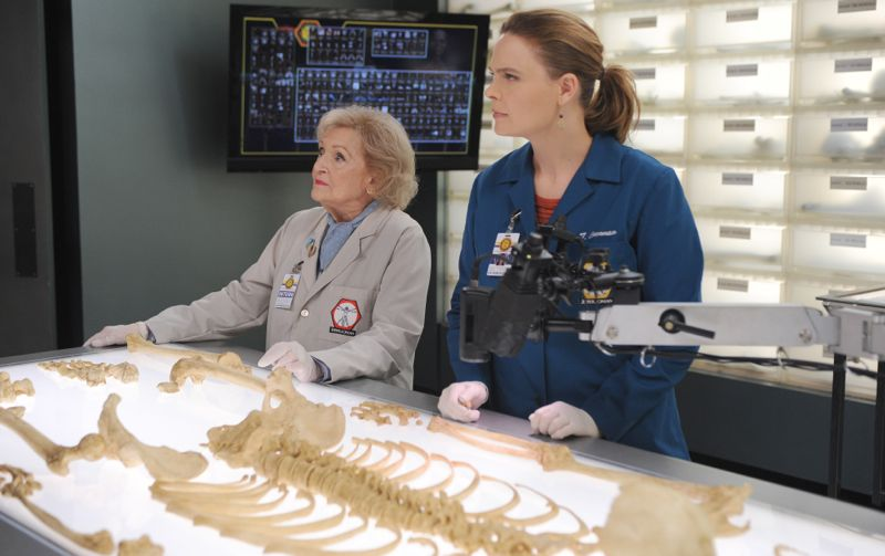 """BONES: L-R: Guest star Betty White and Emily Deschanel in the """"The Carpals in the Coy-Wolves"""" episode of BONES airing Thursday, Oct. 22 (8:00-9:00 PM ET/PT) on FOX. ©2015 Fox Broadcasting Co. Cr:"""