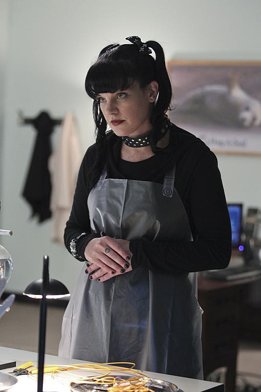 """""""Lockdown"""" -- While visiting a pharmaceutical lab on a murder case, Abby (Pauley Perrette) is trapped with no communication to the outside world after armed men take over the building and hold everyone hostage, on NCIS, Tuesday, Oct. 20 (8:00-9:00 PM, ET/PT), on the CBS Television Network. Photo: Sonja Flemming/CBS ©2015 CBS Broadcasting, Inc. All Rights Reserved"""