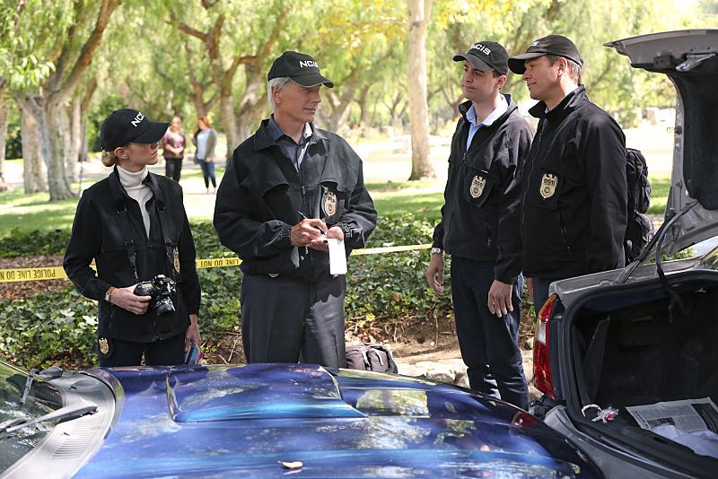 """""""Lockdown"""" -- While visiting a pharmaceutical lab on a murder case, Abby is trapped with no communication to the outside world after armed men take over the building and hold everyone hostage, on NCIS, Tuesday, Oct. 20 (8:00-9:00 PM, ET/PT), on the CBS Television Network. Pictured left to right: Emily Wickersham, Mark Harmon, Sean Murray and Michael Weatherly Photo: Monty Brinton/CBS ©2015 CBS Broadcasting, Inc. All Rights Reserved"""