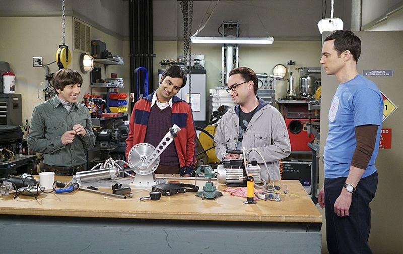 """The Perspiration Implementation"" -- The guys take a fencing lesson from Barry Kripke and Sheldon finds himself in an awkward position when Kripke expresses interest in Amy, on THE BIG BANG THEORY, Monday, Oct. 19 (8:00-8:31 PM, ET/PT), on the CBS Television Network. Pictured left to right: Simon Helberg, Kunal Nayyar, Johnny Galecki and Jim Parsons Photo: Monty Brinton/CBS ©2015 CBS Broadcasting, Inc. All Rights Reserved"