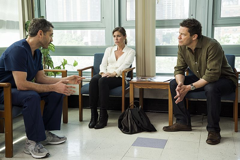 Maura Tierney as Helen and Dominic West as Noah in The Affair (season 2, episode 6). - Photo: Mark Schafer/SHOWTIME - Photo ID: TheAffair_206_2923