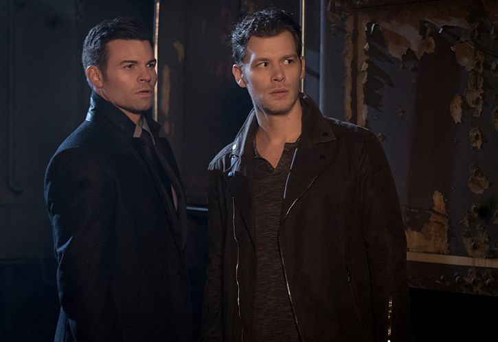 """The Originals -- """"A Streetcar Named Desire"""" -- Image Number: OG314a_0110.jpg -- Pictured (L-R): Daniel Gillies as Elijah and Joseph Morgan as Klaus -- Photo: Annette Brown/The CW -- © 2016 The CW Network, LLC. All rights reserved."""