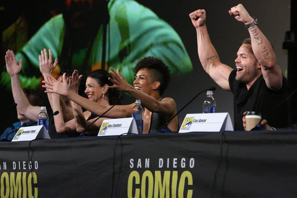 """COMIC-CON INTERNATIONAL: SAN DIEGO -- """"The Expanse Panel"""" -- Pictured: (l-r) Shohreh Aghdashloo, Dominique Tipper, Wes Chatham -- (Photo by: Evans Vestal Ward/Syfy)"""