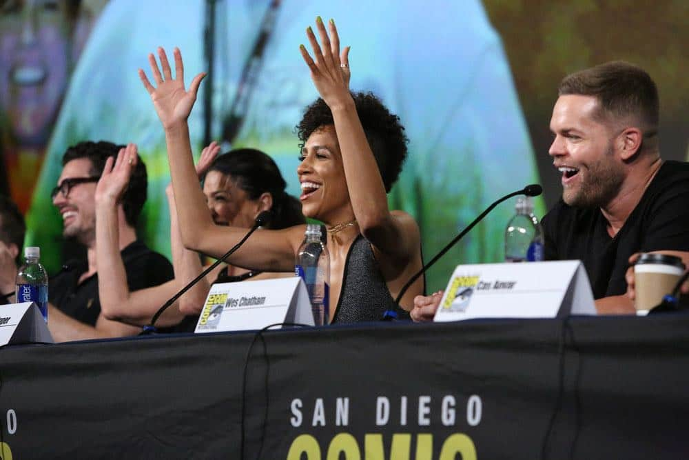 """COMIC-CON INTERNATIONAL: SAN DIEGO -- """"The Expanse Panel"""" -- Pictured: (l-r) Steven Strait, Shohreh Aghdashloo, Dominique Tipper, Wes Chatham -- (Photo by: Evans Vestal Ward/Syfy)"""
