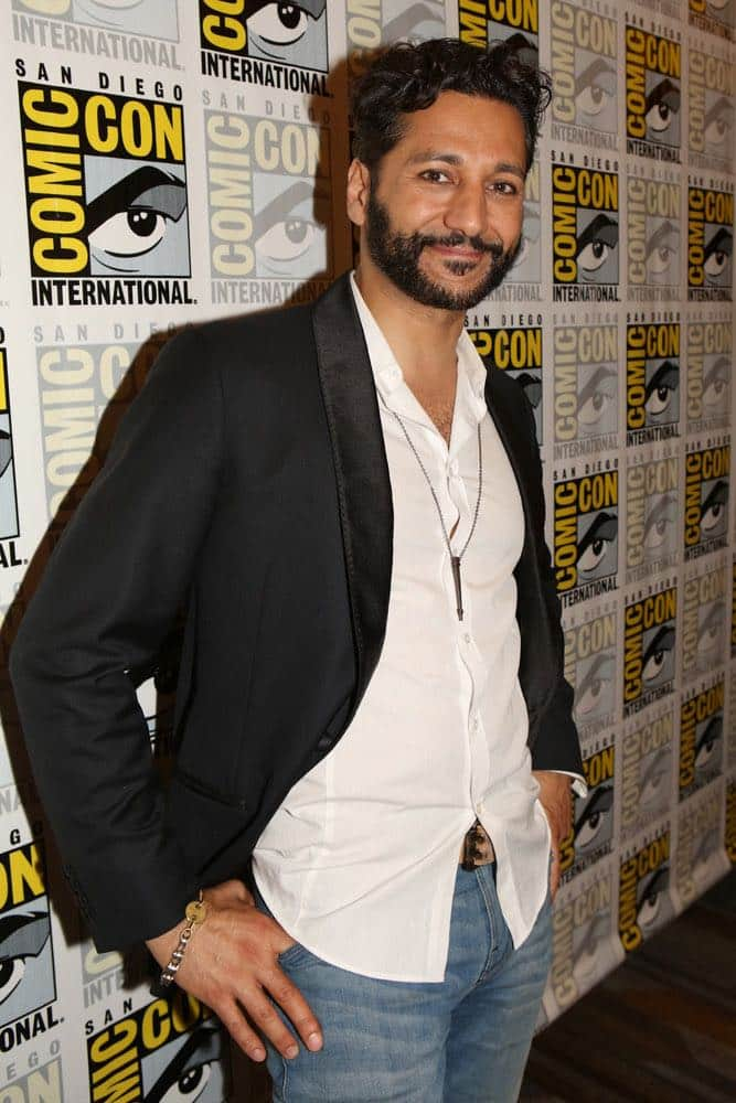 """COMIC-CON INTERNATIONAL: SAN DIEGO -- """"The Expanse Press Room"""" -- Pictured: Cas Anvar -- (Photo by: Evans Vestal Ward/Syfy)"""