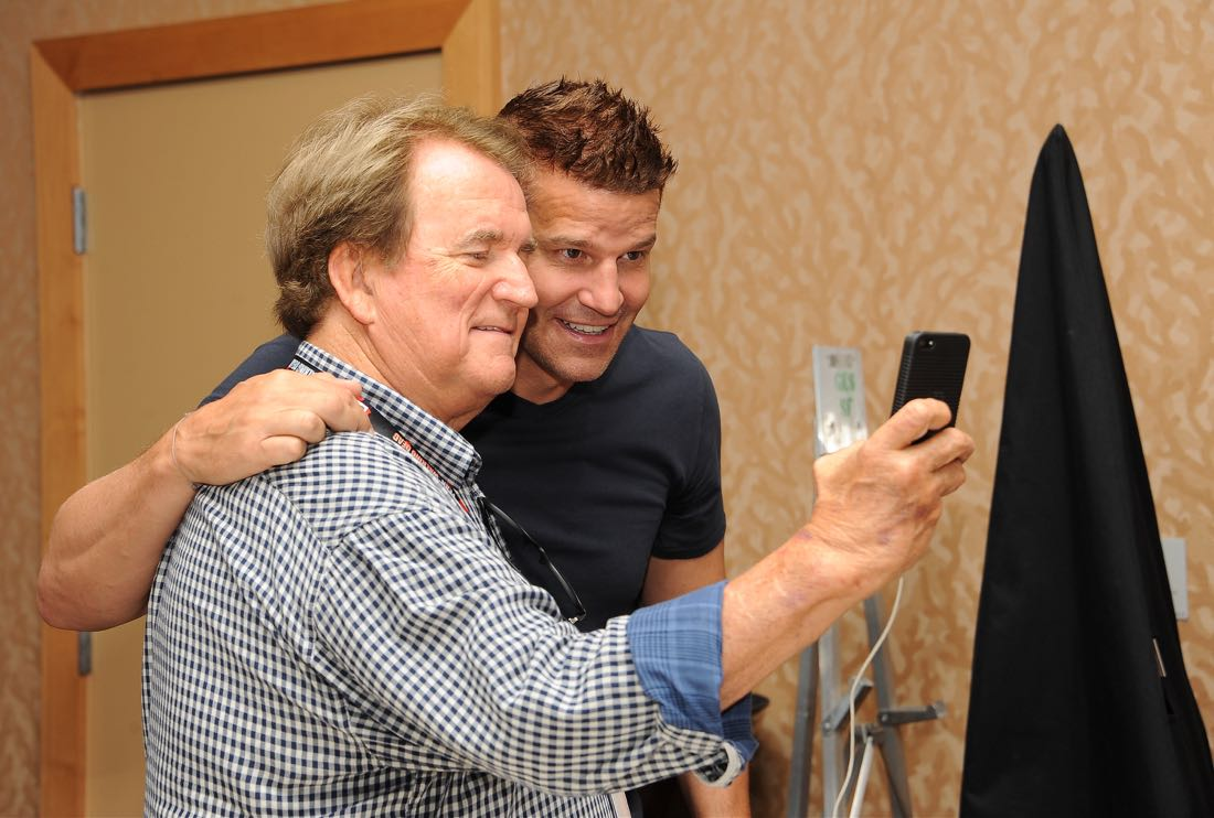 FOX FANFARE AT SAN DIEGO COMIC-CON © 2016: L-R: BONES cast members Dave Thomas and David Boreanaz during the BONES press room on Friday, July 22 at the FOX FANFARE AT SAN DIEGO COMIC-CON © 2016. CR: Scott Kirkland/FOX © 2016 FOX BROADCASTING