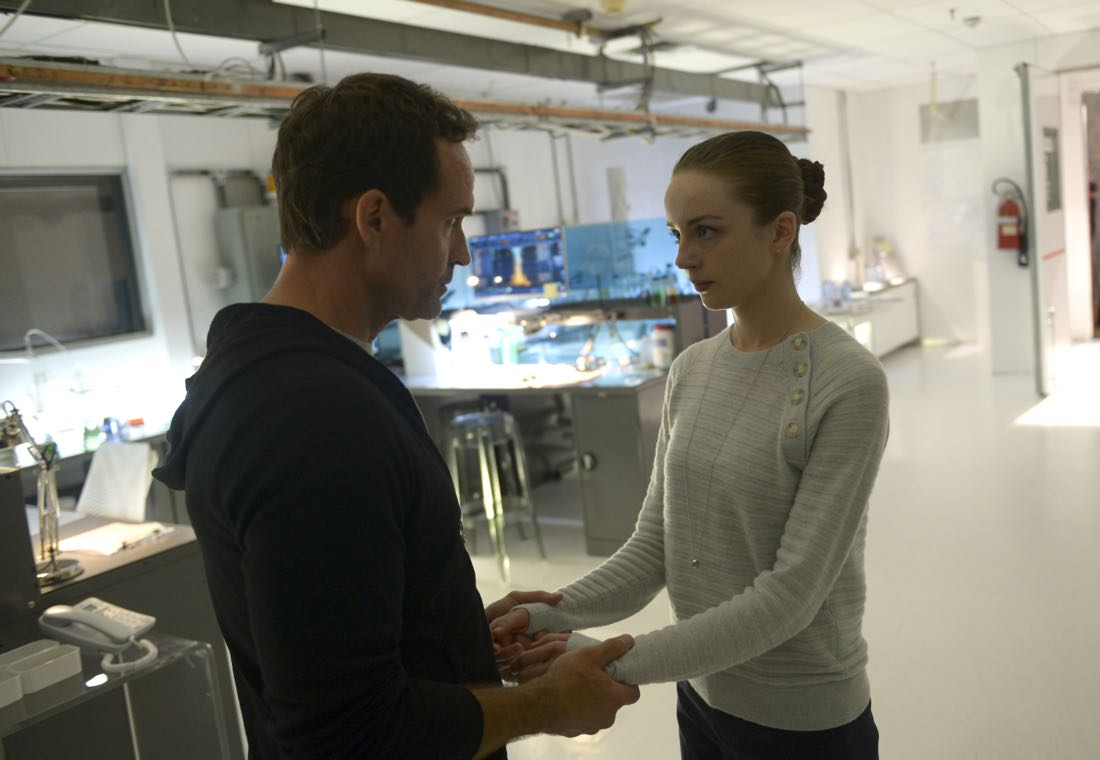 "WAYWARD PINES: L-R: Jason Patric and Kacey Rohl in the ""Walcott Prep"" episode of WAYWARD PINES airing Wednesday, July 20 (9:00-10:00 PM ET/PT) on FOX.  ©2016 Fox Broadcasting Co.  Cr:  Serguei Bashlakov/FOX"