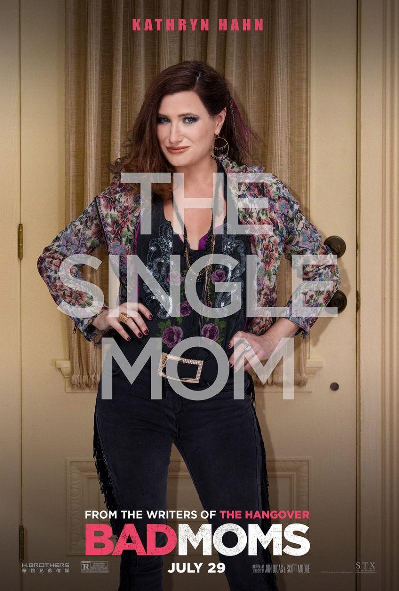 Bad Moms Poster Kathryn Hahn