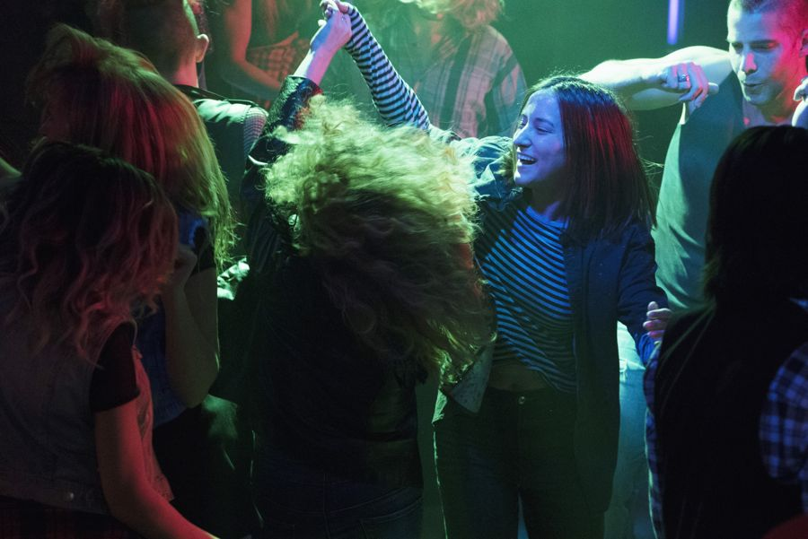 """DEAD OF SUMMER - """"Modern Love"""" - The annual masquerade ball sets the stage for intrigue and danger in """"Modern Love,"""" an all-new episode of """"Dead of Summer,"""" airing TUESDAY, JULY 19 (9:00 - 10:00 p.m. EDT), on Freeform. (Freeform/Katie Yu) ZELDA WILLIAMS"""